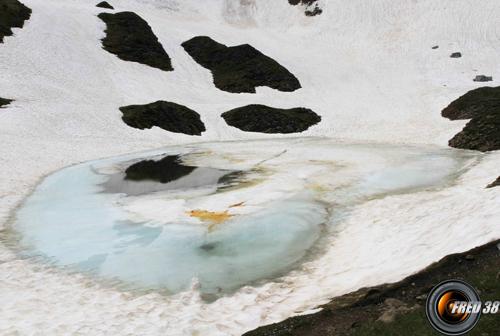 Lac de tardevant photo