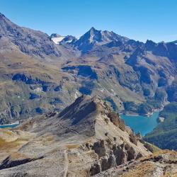 Lac du Chevril et la Grande Sassière