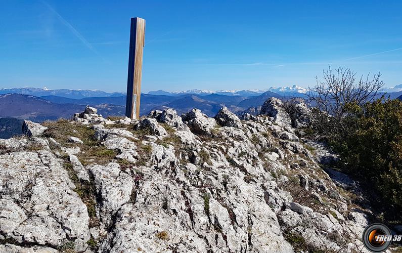 Vue sur les Alpes et le Dévoluy.