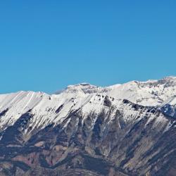 Vue du sommet, à gauche le Blayeul, au centre la Grande Séolane, et à droite l'Estrop.