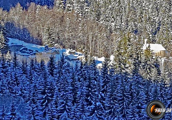 Le hameau de Valchevrière