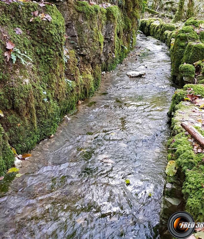 L'ancien canal du XVI ième.