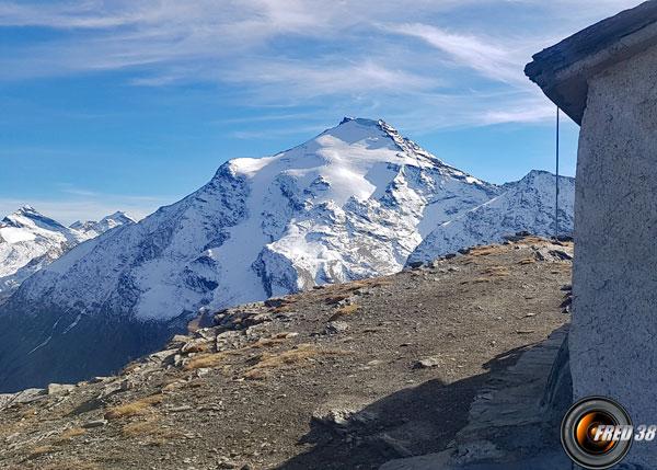 Pointe de Charbonnel 3752 m.