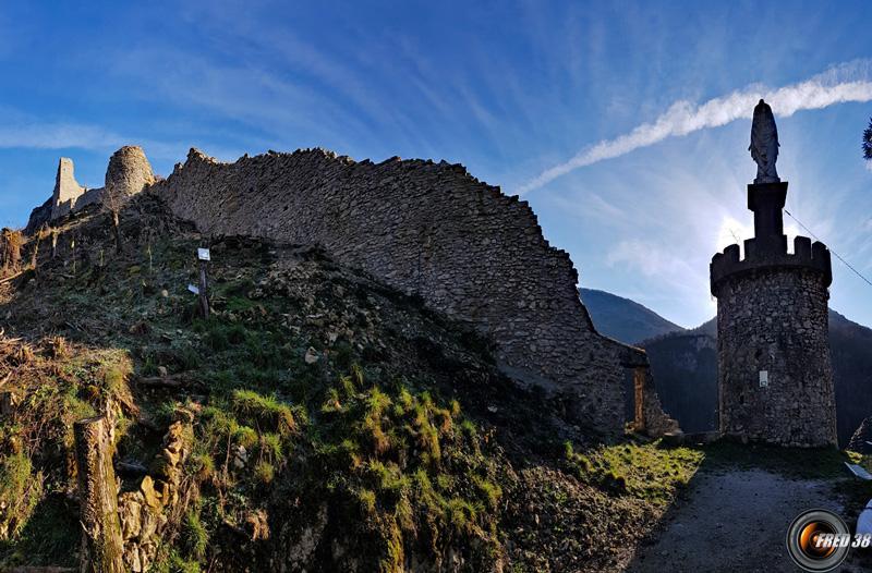 Chateau de cornillon photo