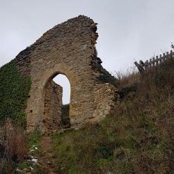 Ruines du chateau de Saint-Germain.
