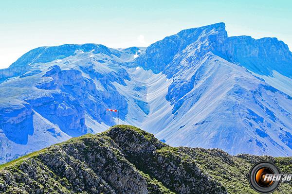 La montagne d'Aurouze vue du sommet.