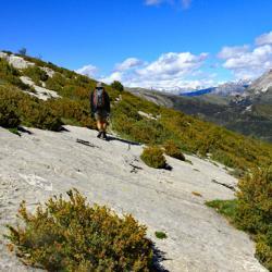 Le sommet et à droite le sommet du Cheval Blanc.
