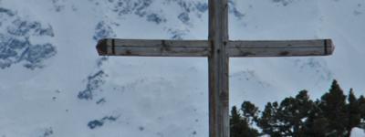 Croix alpe varvats photo