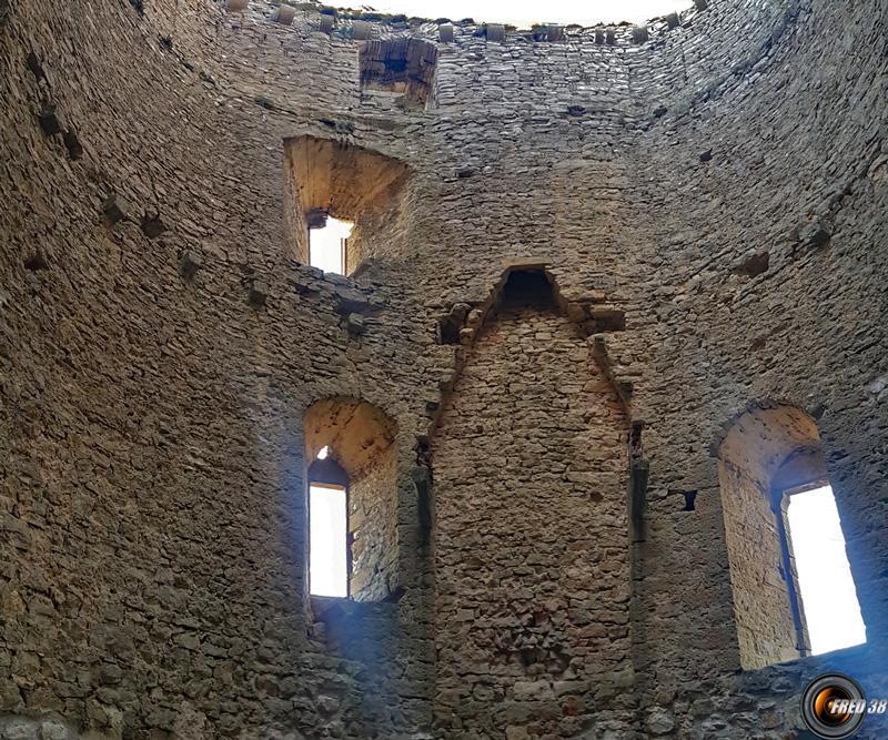 l'intérieur de la tour.