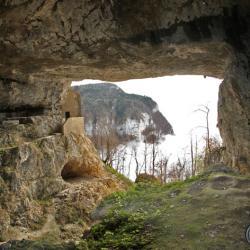 Le grandporche de la grotte