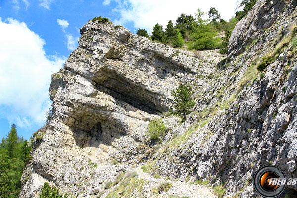 La traversée de la zone rocheuse.