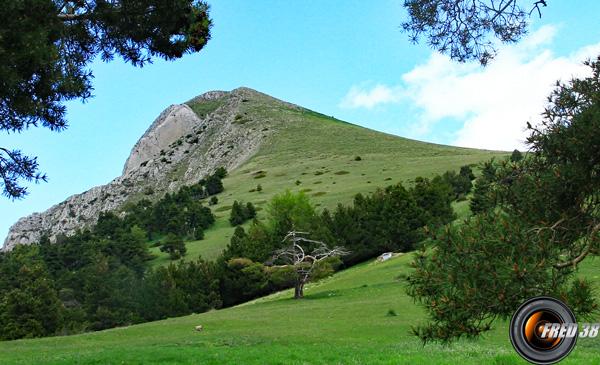 Le sommet vu du Pas d'Archail.