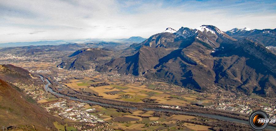 Vue sur la plaine de l'Isère.