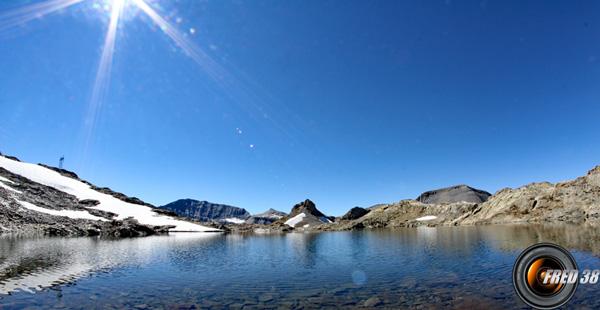 Le lac Vert près du col de la Terrasse.