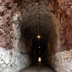 La route empruntel'ancienne voie du tramway