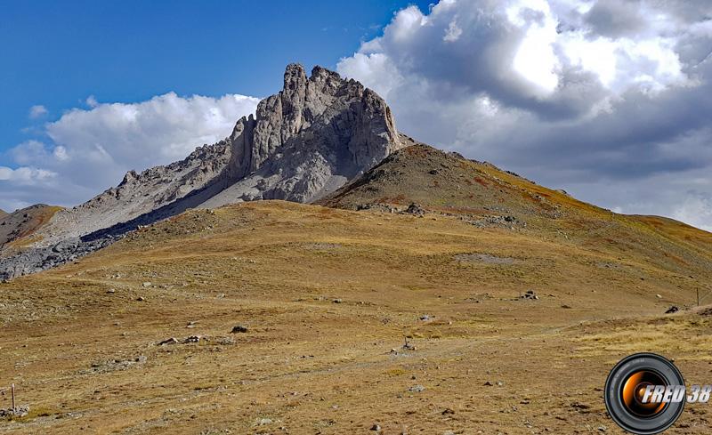 Le sommet vu du col de buffère.