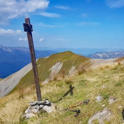 Le sommet et Crêt Lognan en fond.