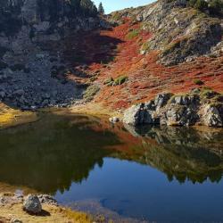 Lac sans nom au dessus du lac Achard.