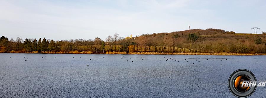 L'étang de Fallavier.