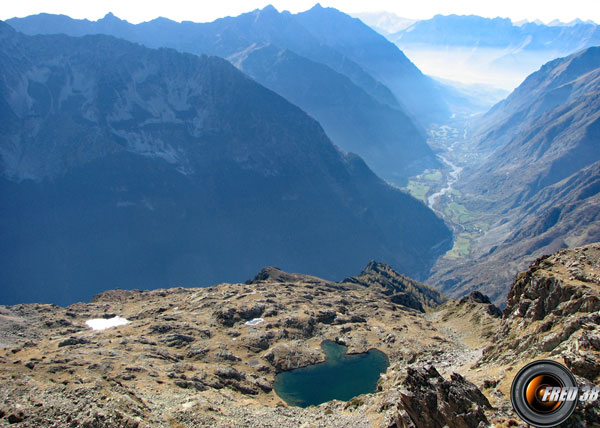 Lac autier et vallée du Valgaudémar.
