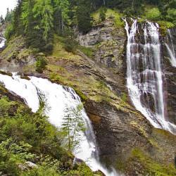 Cascades de la Pleureuse et de la Sauffaz.