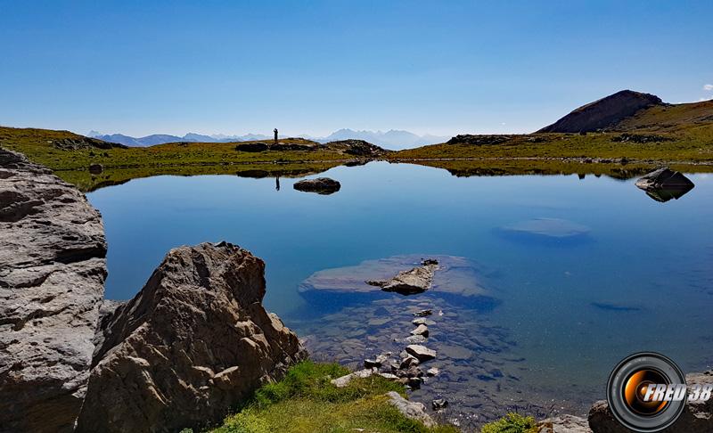 Lac de puy aillaud photo