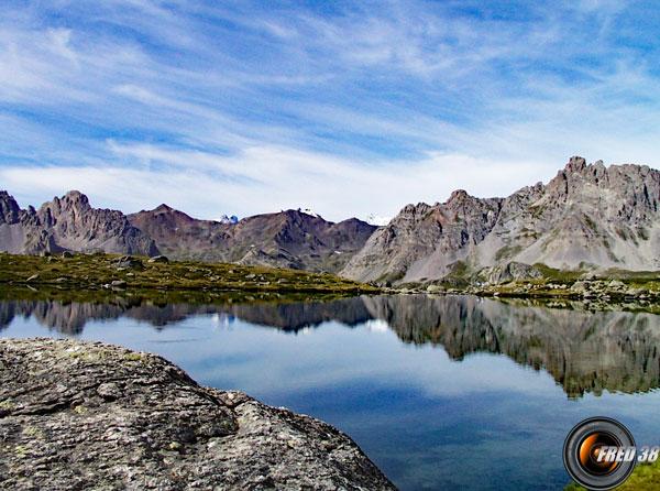 Le lac Laramon.