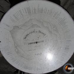 La table d'orientation du sommet.