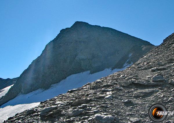 Le sommet vu du plateau