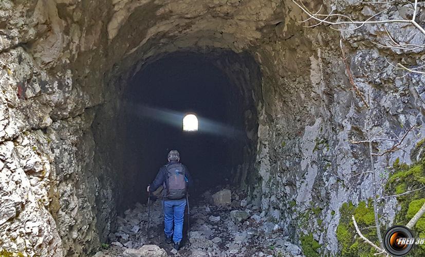 Le tunnel d'accès à la galerie.