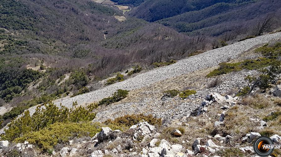 Vue sur la montée du col de coucourdet.