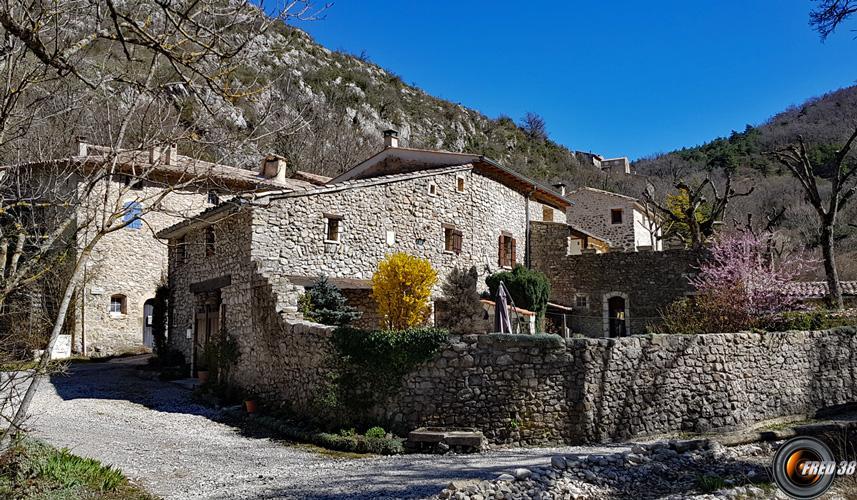 Vieux Village de Teyssières.