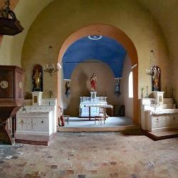 La chapelle d'Eoures.