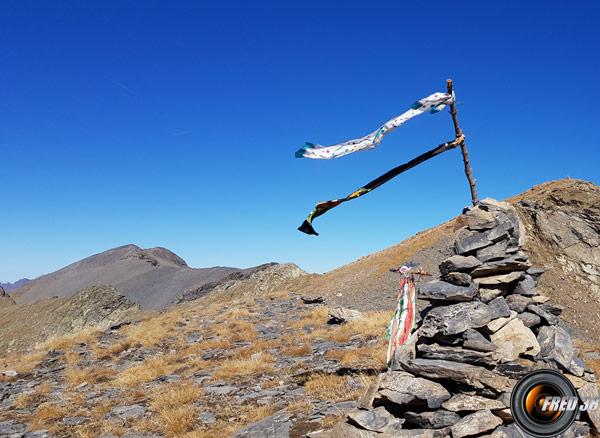 Le cairn avant le sommet.