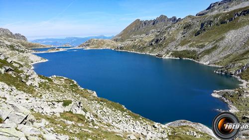 Les lacs Carré et Cos.