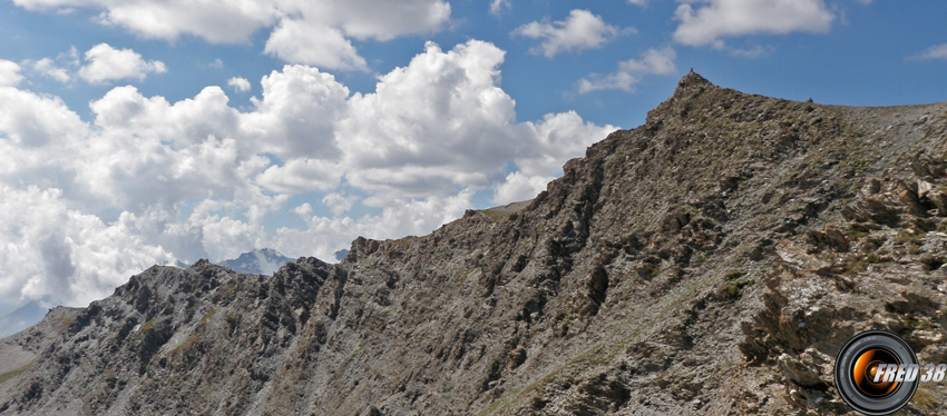 Le sommet versant nord.