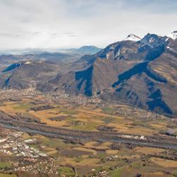 La vallée de l'Isère vue de la Dent du Loup à 1425 m.