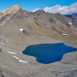 Le lac au pied de la Pointe des Fours