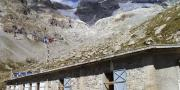 Refuge temple ecrins photo