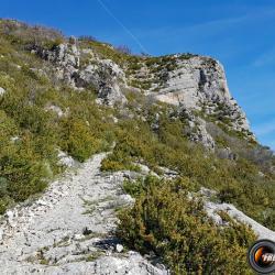 Le sentier au dessus de Tresclèoux.