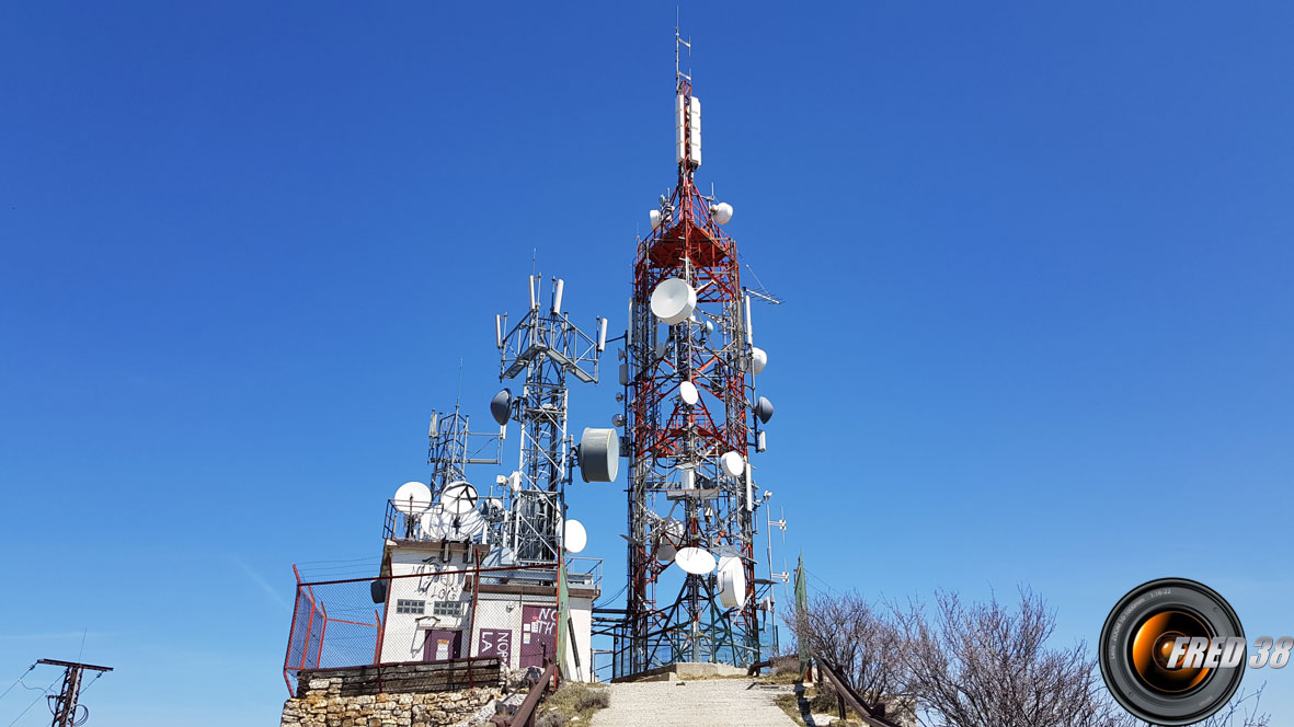 Les antennes du sommet