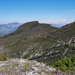 Le sommet vu du belvédère de Teyrac.