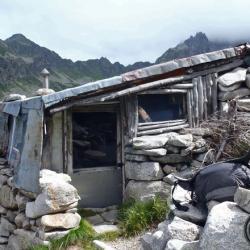 Cabane de Sarvatan.