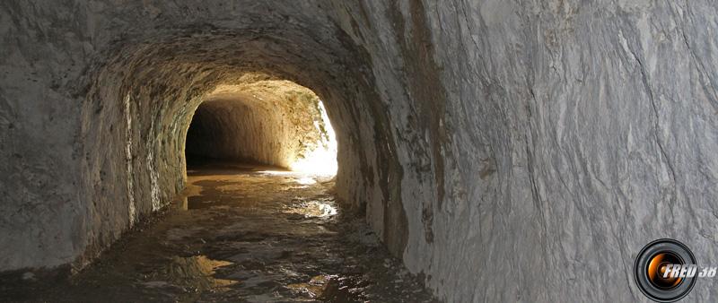 Tunnel du Baou, vers la fin de l'itinéraire.