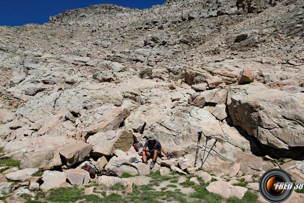 Zone agréable dans le chaos rocheux.