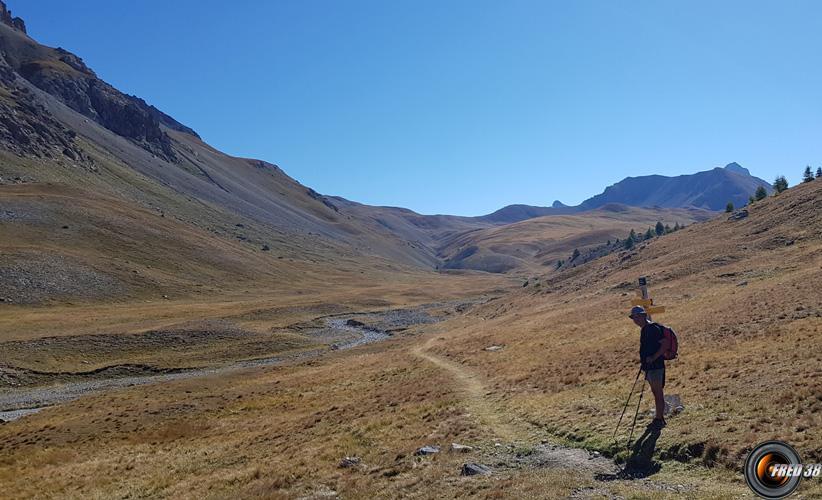 Le petit lac d ela Montagnette.
