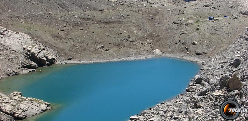 Le lac Vallonasso di Stroppia vu du col de Gypière.