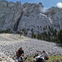 Sous le Mont Aiguille.