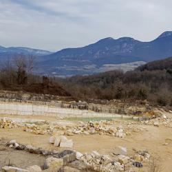 La carrière de calcaires blancs de Rocheret.
