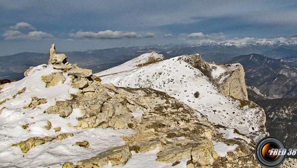 Les 3 Becs vus du sommet de Veyou.